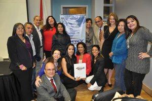 Varios de los integrantes de APEVEX con el director del CLACI, Juan Blanco Gil (izq abajo). Foto: José Carucí